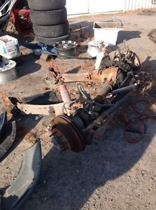 2006 F350 SUPERDUTY FRONT AND REAR AXLE SET UP  Peterborough Peterborough Area image 3
