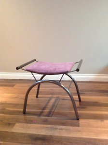 Coiffeuse Kijiji In Gatineau Buy Sell Save With Canada S 1