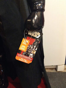 Star Wars Darth Vader. Motion activated 4 feet in height. Cambridge Kitchener Area image 4