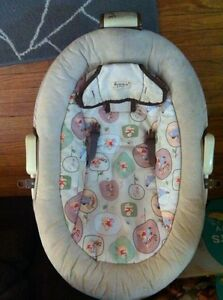 Infant bouncy chair