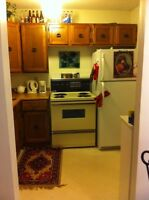 BEAUTIFUL 2 BEDROOM SUBLEASE APT