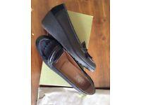 Black Hotter Shoes Size 8