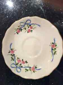 Colclough Vintage Bone China Cup and Saucer Cambridge Kitchener Area image 3