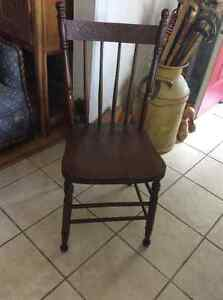 Antique press back dining chairs - several to choose from! Kitchener / Waterloo Kitchener Area image 2