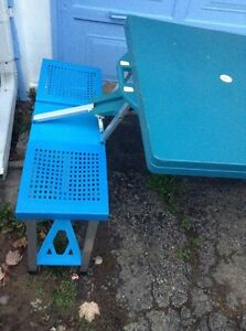 Collapsible Picnic Table...Folds Into A Briefcase! Cambridge Kitchener Area image 2