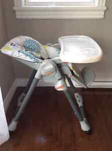 Chicco Spacesaving high chair