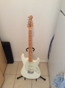 Ernie Ball Musicman Cutlass