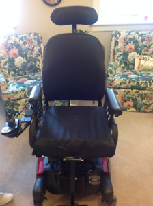 Powerchair P424M with rehab seating and tilt. Back rest/head.
