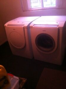 St Thomas Bosch Font Load Washer N Dryer 6 yrs Old ! 295.00 FIRM