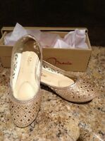 Girls shoes size 1. New in box.