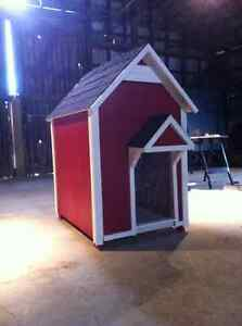 XL Fully Insulated Dog House, Free Warranty.