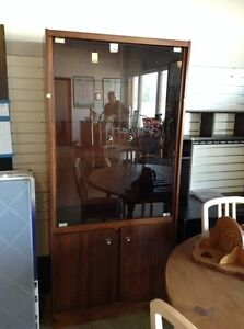 Display cabinet's