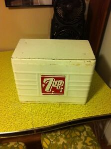 Vintage 7up cooler Kitchener / Waterloo Kitchener Area image 3