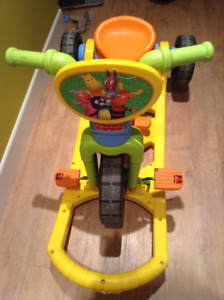Tricycle 3 fonctions Fisher Price