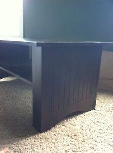 Brown wood coffee table for sale! Kitchener / Waterloo Kitchener Area image 2