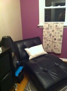 Black chair Chaise Leather for sale  London Ontario image 1