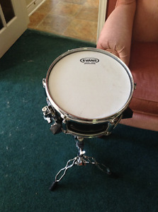 "Pearl Firecracker 10"" Snare Drum with Stand"