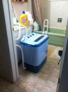 HOT!Washer/Spin-Dryer  Dual-Tub Washer, Compact Apartment Size!!