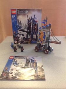 Lego Set 8875 - Knight's Kingdom - King's Siege Tower