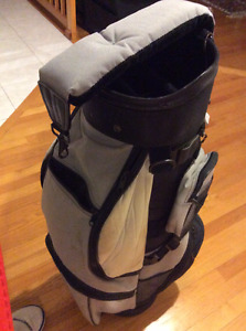 HOT-Z DE PLAMER 3.5 CART GOLF BAG FOR MEN - IN MINT CONDITION