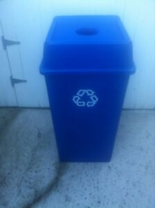 CONTENANT A CANETTE A RECYCLER