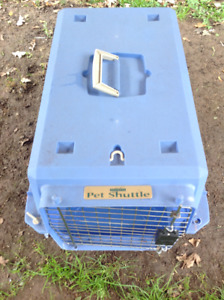 """Pet Shuttle Carry on kennel - 25""""L x  16""""W x 15""""H"""