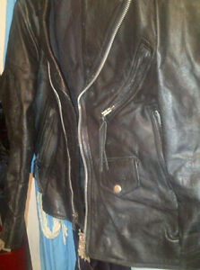 BLACK LEATHER MOTORCYLE JACKET
