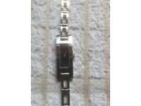 LADIES STAINLESS STEEL GUCCI 3900L WATCH
