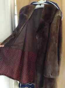 Manteau de fourrure pour homme Lac-Saint-Jean Saguenay-Lac-Saint-Jean image 2