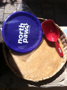 FREE Pet stuff - cat bed, new scoop, new dog toy