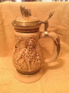 AVON Great Dogs Of The Outdoors STEIN ~ As NEW In BOX ~ $25.00