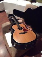 Belle guitare Taylor 214