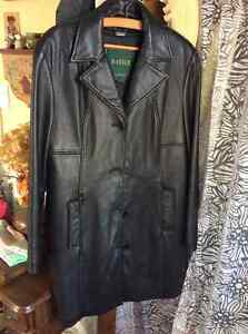 Danier black leather coat XL- removable lining Kitchener / Waterloo Kitchener Area image 1