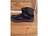 Mammut Women's Atlas GTX Walking Boots - size 8 - WORN ONCE!
