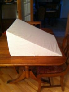 Large wedge pillow