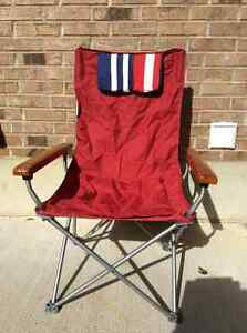 Folding lawn chair Sarnia Sarnia Area image 1