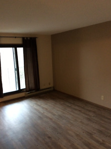 BEAUTIFUL 2 BEDROOM WITH BALCONY