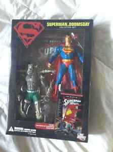 Superman Doomsday Collectors pack with tpb! Kitchener / Waterloo Kitchener Area image 1