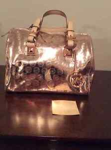 Designer handbag-Michael Kors for sale Moose Jaw Regina Area image 2