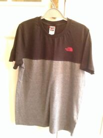 Boys north face t shirt size Youth XL