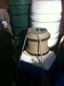 Aquaroll water container with handleb