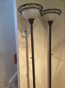 Deux lampes sur pied - super qualité!