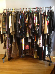 HUGE Vintage Clothing Sale * Grande Vente de Vetemements Vintage