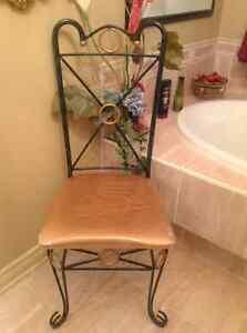 Chaise decorative metal et materiel tres belle $59