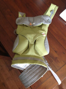 Ergobaby 360 Four Position Carrier with Infant Insert