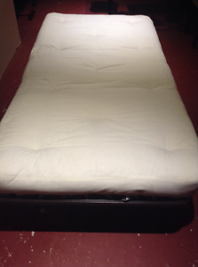 Roll Away Bed / Cot