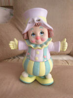 "CIRCUS CLOWN Ceramic Statue / Figure - Hand Painted - 12"" x 9"""