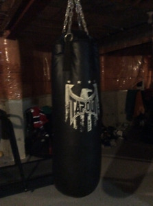 Tapout lunch bag for sale