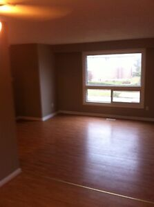 Doon 3 bedroom near 401 AUG 1st!!