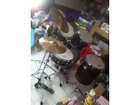 Drum kit 5 PC hats crash and stool